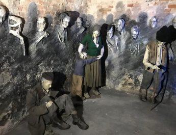 """Izložbenu postavku """"Zapečaćene sudbine"""" u mitrovačkom KPZ ne smete propustiti"""